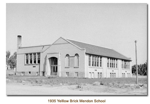Mendon Yellow Brick School of 1935