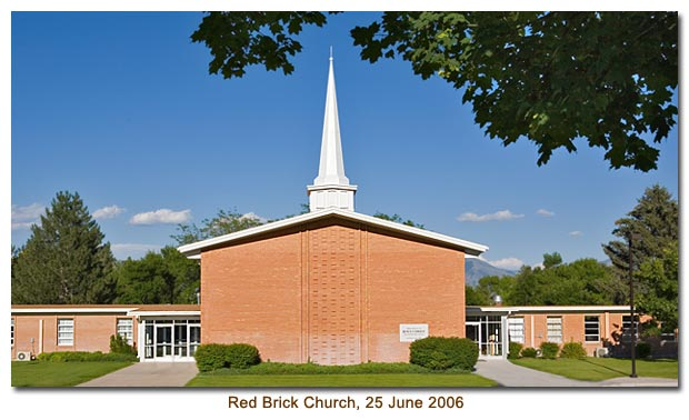 Mendon Red Brick Church in 2006