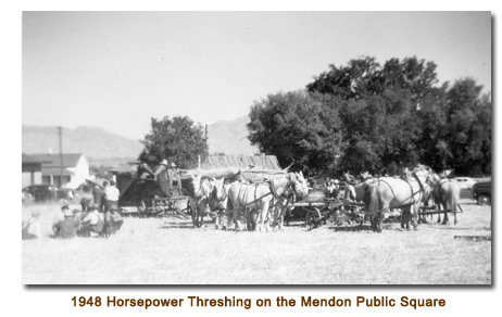 L. K. Wood's horsepower threshing bee on the Mendon City Square.