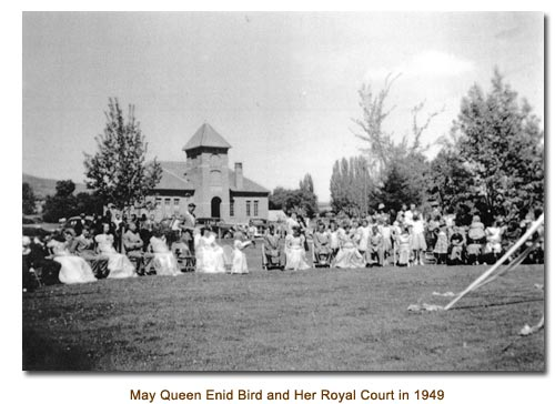 Mendon May Queen Enid Bord and Her Royal Court in 1949.