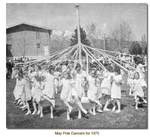 1975 May Day Dancers.