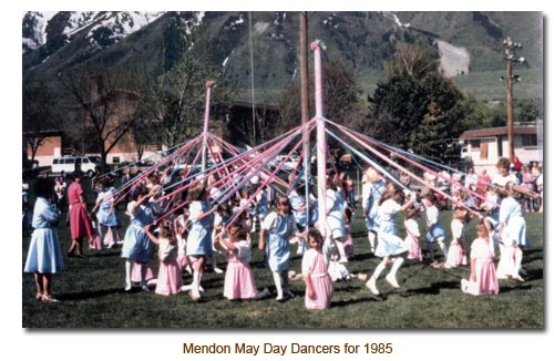Mendon May Day Dancers for 1985.