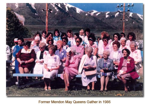 Former Mendon May Queens Gather in 1986