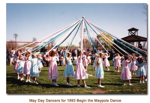 Mendon May Day Dancers for 1993 begin the Maypole Dance.
