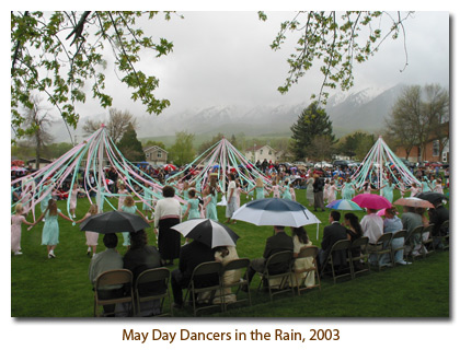 2003 May Day Dancers in the Rain