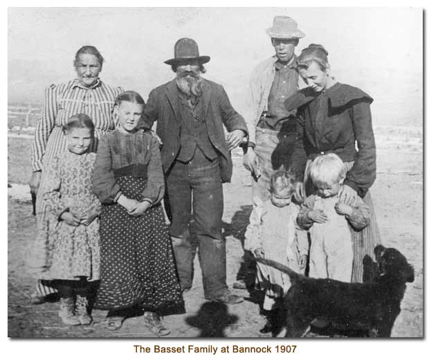 The Basset Family at Bannock in 1907